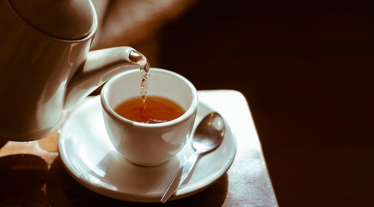 Geben Sie den Dingen Raum - Bild einer Teekanne